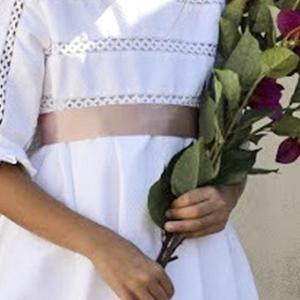 Detalles vestido comunión Atalaya
