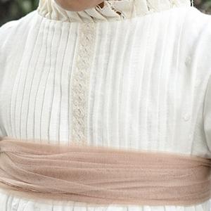 Detalles vestido comunión Bumburi
